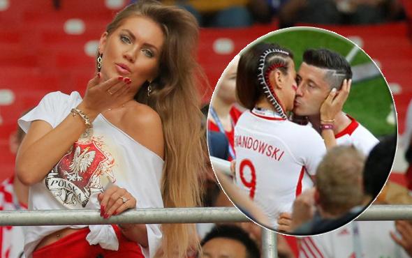 Kupaya damga vurdu! Lewandowski'ye eşinden teselli öpücüğü