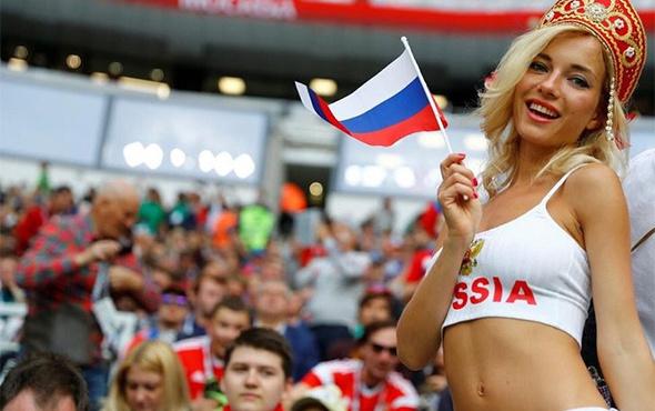 Dünya Kupası'nda skandal! Futbolcudan hamile kalanlara...