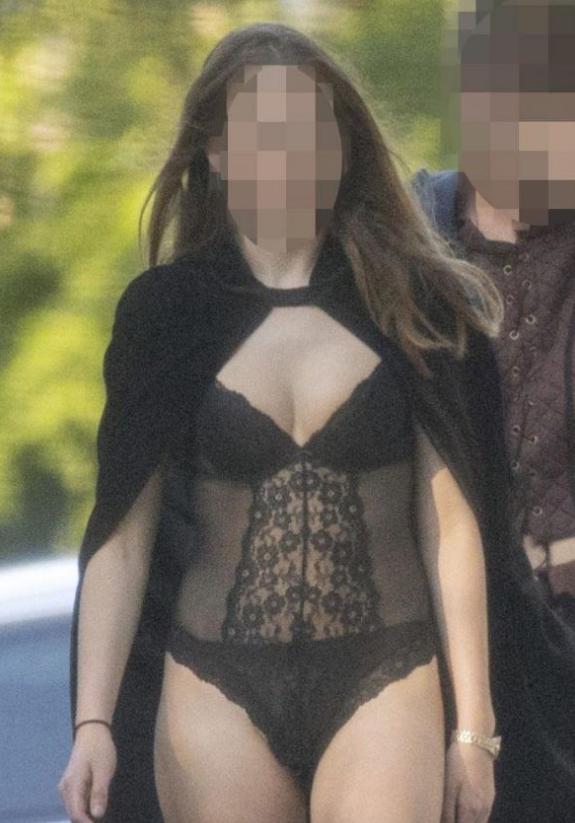 Oxford'da skandal parti! Sex uyuşturucu ne ararsan var