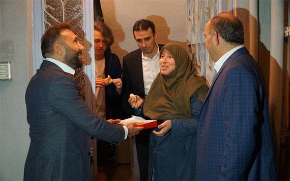 AK Parti'den manili sahur sürprizi