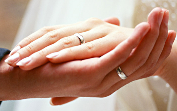 Evlilik sitelerinde iğrenç oyunlar! Bakın neler vaadediyorlar