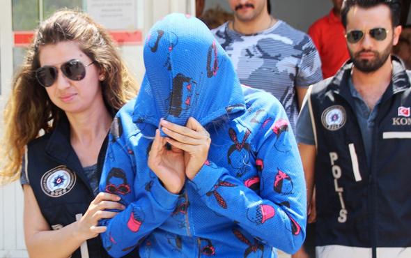 Adnan Oktar'ın 'kediciği' Bodrum'da güneşlenirken yakalandı