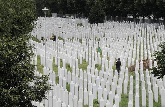 Srebrenitsa Katliamı nedir yıldönümünde tarihi tekrar canlandı  - Sayfa 4