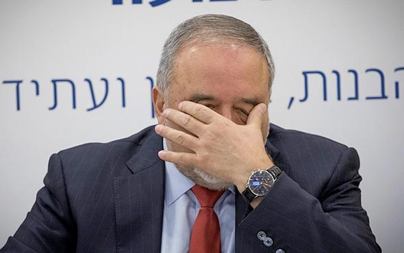 İrlanda'nın İsrail kararı Liberman'ı çıldırttı