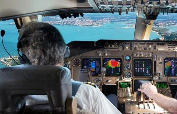 Pilot kokpitte elektronik sigara içmeye kalkınca olanlar oldu