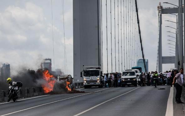 15 Temmuz Şehitler Köprüsü'nde korkutan araç yangını
