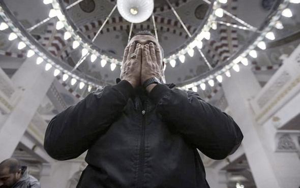 Cuma duası okunacak saati-cuma duası faziletleri ve  okunuşu