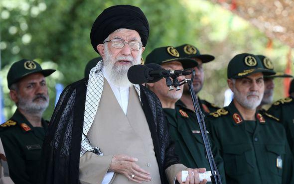 Trump'ın 'anlaşacaklar' dediği İran resti çekti!