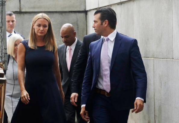 Donald Trump sonunda eşinden boşandı! Yılan hikayesine döndü