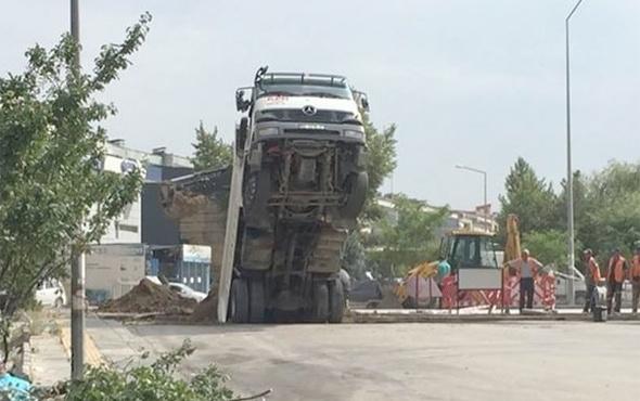 Hafriyat kamyonu şaha kalktı