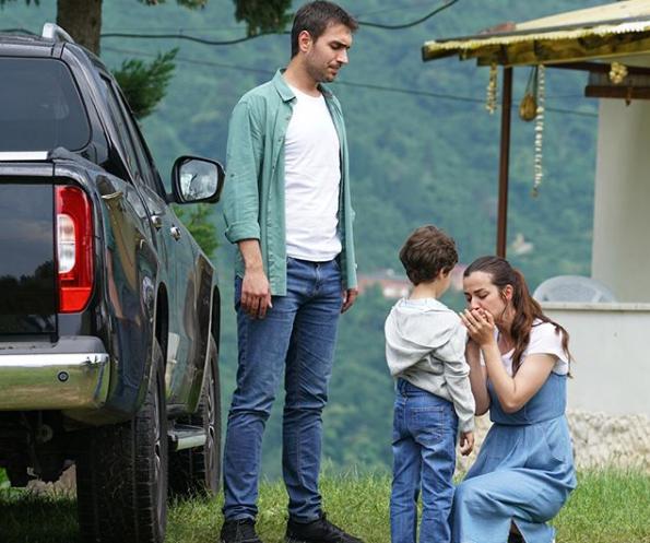 ATV'nin Sen Anlat Karadeniz'in de ayrılan ayrılana şok veda! - Sayfa 1