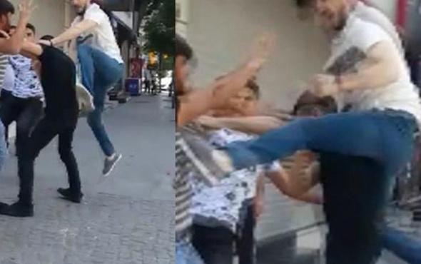Zeytinburnu'nda 'laf atma' kavgası kamerada