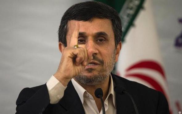 Ahmedinejad'dan Trump'a bomba 'Yeşil Kart' çağrısı