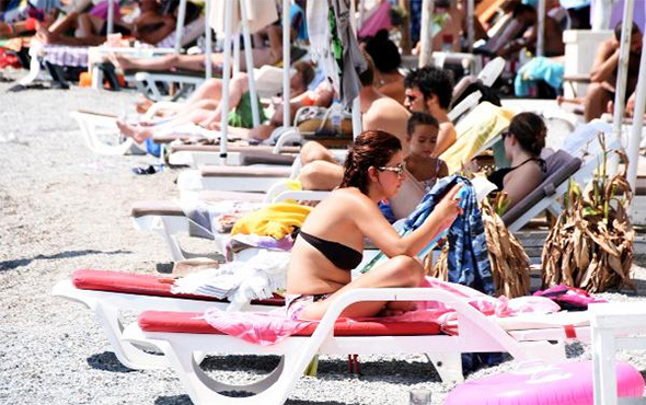 Tatilciler isyan etti! Bodrum'da halk plajlarında bile...