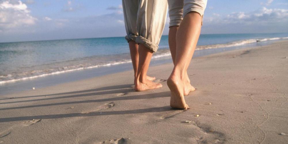 Çıplak ayakla toprağa  basmanın faydaları neler?