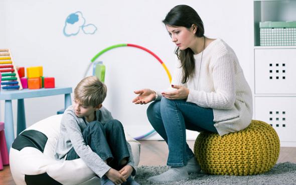 Aileler çocuklarını cinsel istismara karşı bilinçlendirmelidir?
