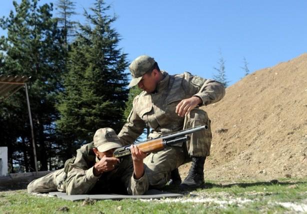 Bedelli askerlik 3 haftalık programı! Silah eğitimi yemin töreni ve... - Sayfa 1