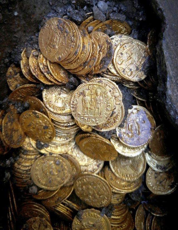 Roma döneminden kalma hazine bulundu - Sayfa 2