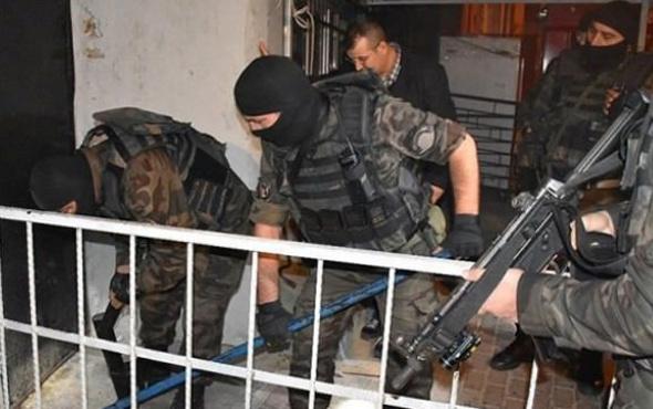 İstanbul'da büyük operasyon! Çatışma çıktı 1 kişi öldü