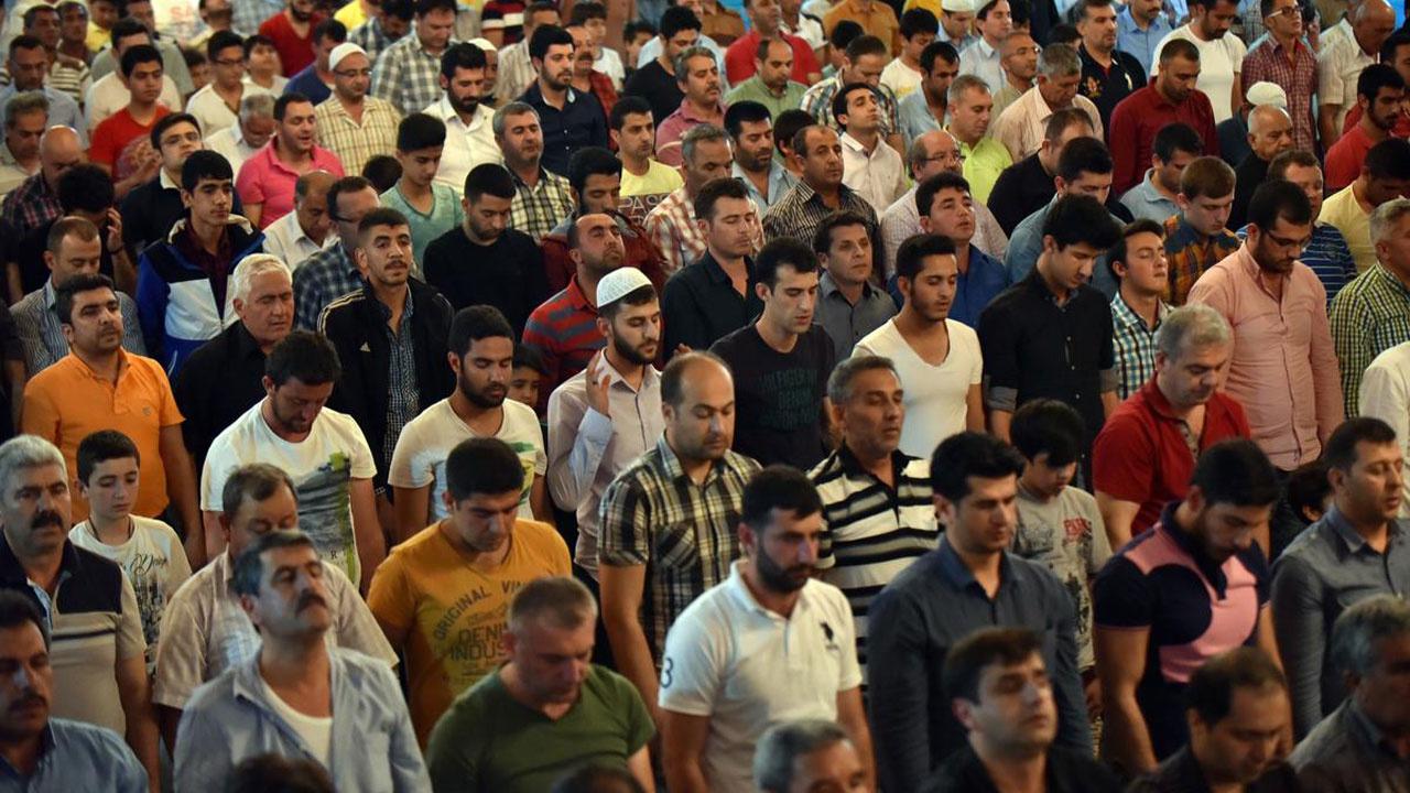 Ramazan Bayramı namazı nasıl kılınır? Kaç rekattır?
