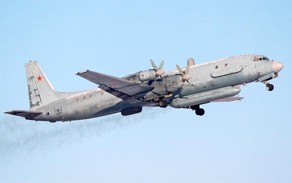 Rus askeri uçağı Suriye açıklarında kayboldu