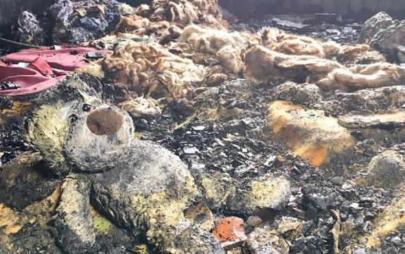 2 çocuğun öldüğü evdeki yangından geriye dehşet görüntüler kaldı