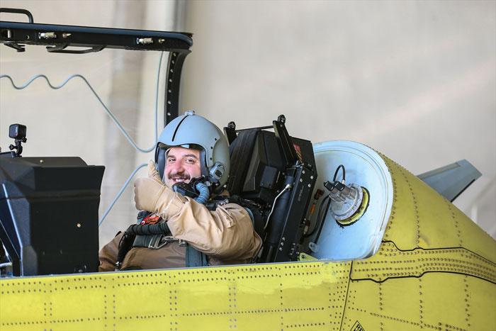 Bakan Varank 'Hürkuş'un deneme uçuşuna katıldı