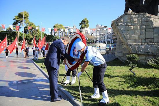 Başkan Türel Gaziler Günü'nü kutladı