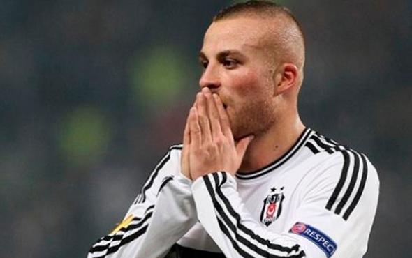 Beşiktaş'ta 2 yıl sonra Gökhan Töre sürprizi!