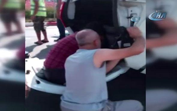Antalya'da feci kaza! Ters dönen araçta can pazarı