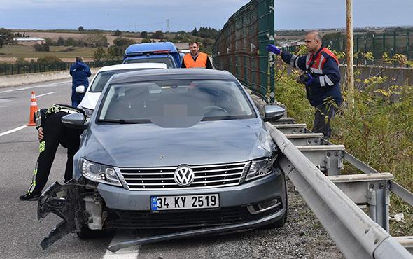 Sır ölüm: Kaza yapan arabada başından vurulmuş!