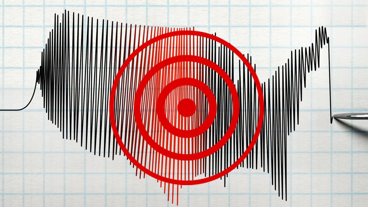 Son deprem Antalya'da yaşandı gece yarısı korkutan sarsıntı