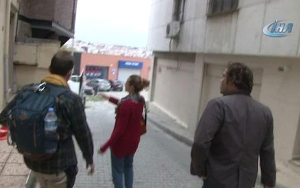 Beyoğlu'nda turistlere büyük şok! Uyandığında yatak odasında gördü