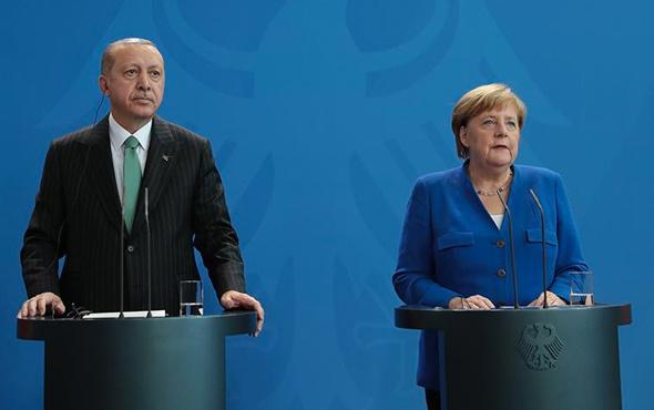 Erdoğan-Merkel basın toplantısına Can Dündar olayı damga vurdu!