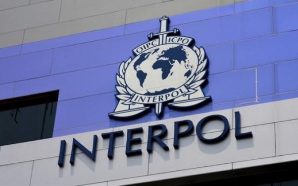 İnterpol'ün aradığı fuhuş baroniçesi İstanbul'da yakalandı!