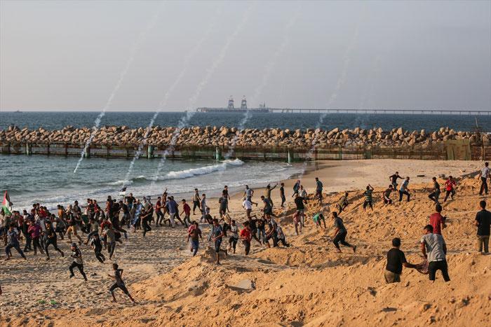 İsrail 50 tekne ile protestoya silahla karşılık verdi!