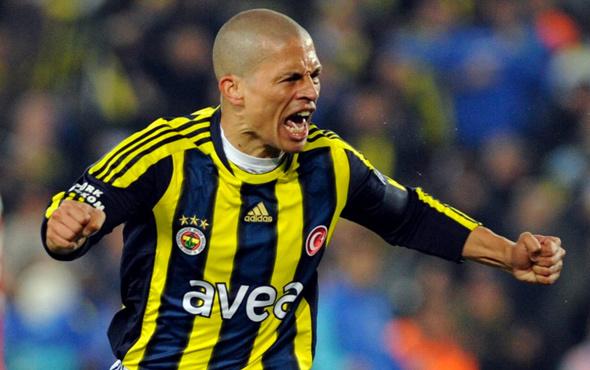 Fenerbahçe Alex'e kucak açtı
