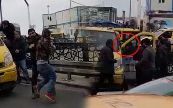 Taksim Meydanı'nda dolmuşçuların korna kavgası kamerada