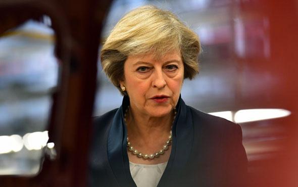 İngiltere Başbakanı May'den son uyarı! Anlaşmayı destekleyin