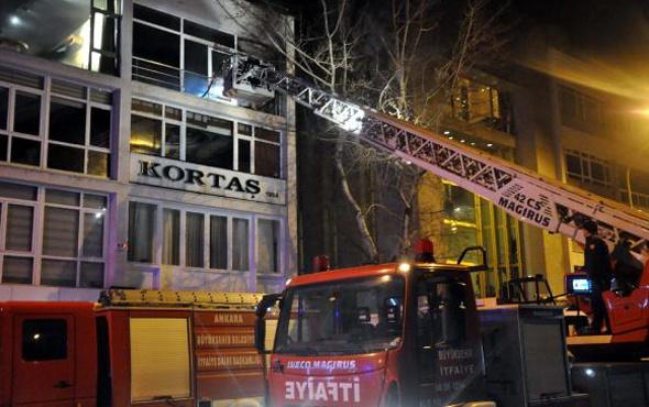 Ankara'da iş yerinde çıkan yangın korkuttu