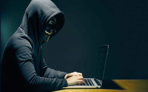 Ülkenin internetini çökertmişti! Cezası belli oldu