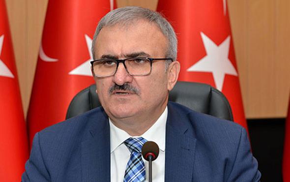 Trafikte Antalya Valisi Münir Karaloğlu'na olay hareket!