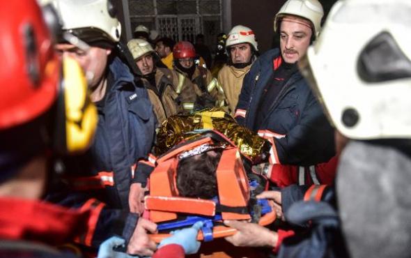 İstanbul'da bina çöktü: Ölü ve yaralılar var!