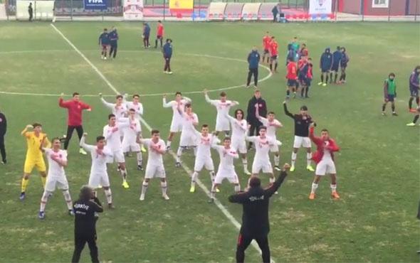 U16 Milli Takımı'nın sevinç gösterisi büyük beğeni topladı
