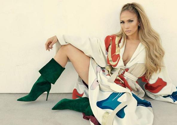 Jennifer Lopez makyajsız halini paylaştı sosyal medya yıkıldı yıllara meydan okuyor! - Sayfa 1