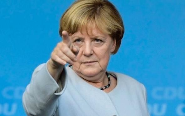 Avrupa Ordusu yolda Merkel'den flaş açıklama
