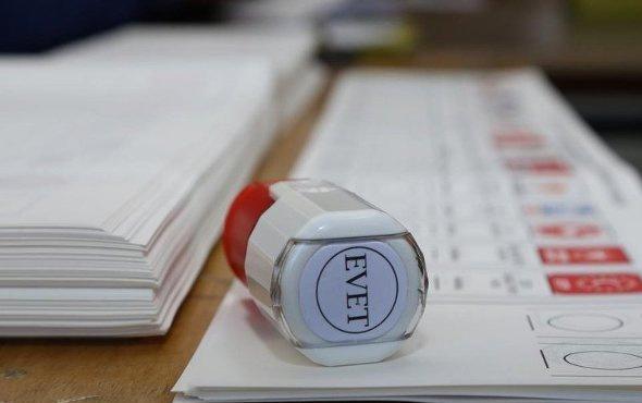 Son seçim anketi sonuçları şaşırttı 3 partinin oyları eridi