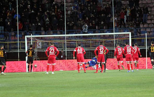 Galatasaray kupada Selçuk'la güldü