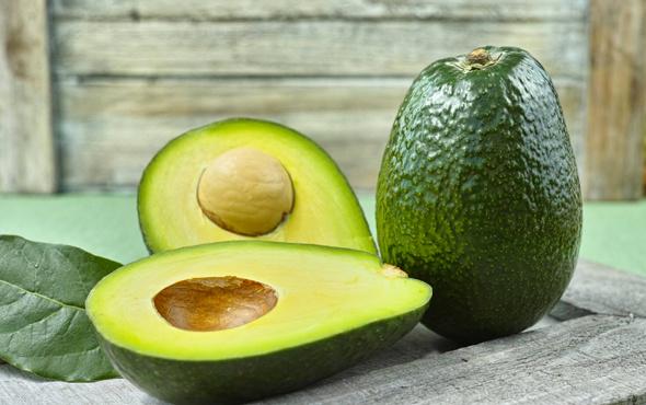 Yaşlanmayı önleyen ve kanserle savaşan bu meyveyi tüketin