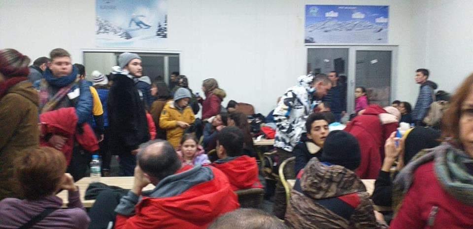 Kayak merkezinde  100 kişi mahsur kaldı - Sayfa 1